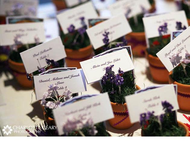 tarjetas para marcar las mesas en las bodas