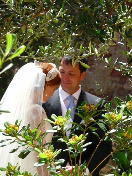 La boda de Aitana y Pablo El Balneario Malaga entre hojas