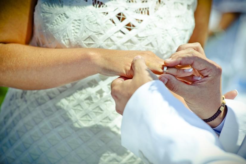 La Boda de Marta y Emilio en la playa 2. Tarifa Bodas Málaga Marbella Fuengirola Mijas Nerja Velez Torremolinos Benalmadena Estepona Weddings Spain Mariages Espagne