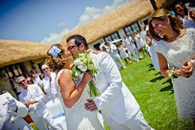 La Boda de Marta y Emilio en la playa 3. Bodas Málaga Marbella Fuengirola Mijas Nerja Velez Torremolinos Benalmadena Estepona Weddings Spain Mariages Espagne